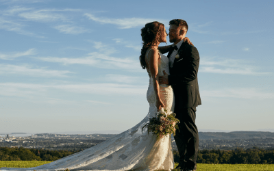 Natalie & Jason – New House Country Hotel